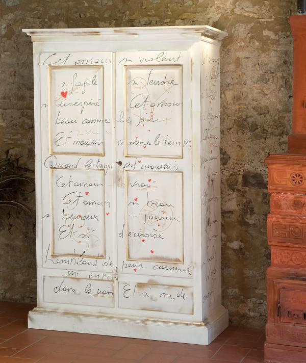 Mobili country castagnetti c mobili decorati for Mobili decorati